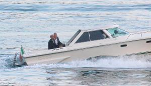 จอร์จ คลูนีย์ : จากเตกีลาพันล้านถึงวิลลาหรูอลังการริมทะเลสาบโกโม