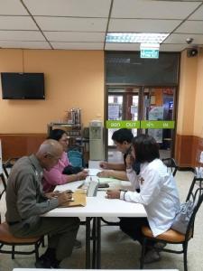 """""""จ่านิว""""ยังนอนไอซียู จนท.คุ้มครองสิทธิฯ พบแม่แจ้งรับค่าตอบแทน-เข้ามาตรการคุ้มครองพยาน"""