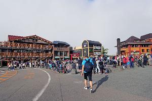 ภูเขาไฟฟูจิที่ชั้น 5 ของเส้นทางโยชิดะ