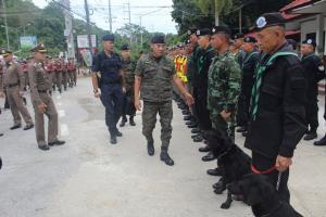 ผบ.ตร.ตรวจชายแดนเชียงรายคุมเข้มยาเสพติด พบแก๊งยานรกหันขนผ่านลาวข้ามโขงเข้าไทยเพิ่ม