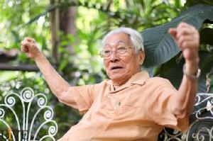 """สูตรลับอมตะ 5 แผ่นดิน """"หมอเฉก"""" ผู้เสกลมหายใจ """"ผมจะอยู่ให้ถึง 120 ปี"""""""