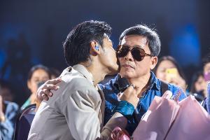 """""""Peraya Party"""" แฟนมีตติ้งครั้งแรกในไทย ฟินเกินบรรยาย """"คริส-สิงโต"""" ชวน """"คุณพ่อ, แก้ม, ปั๊บ โปเตโต้"""" เซอร์ไพร์ส!!!"""