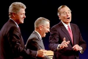 """In Clip: """"รอส เพโรต์"""" เศรษฐีพันล้านอเมริกันชื่อดัง และอดีตผู้สมัครชิงปธน.สหรัฐฯปี 1992 แข่งบิล คลินตัน เสียชีวิตในวัย 89 ปี"""
