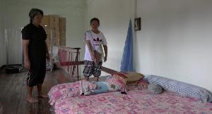 ตร.เร่งล่าหนุ่มนักปกครองเทศบาลฯ สบปราบ สงสัยฆ่าเมียทิ้งศพแข็งทื่อบนที่นอน
