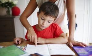 """พ่อแม่ช่วยได้กับผลการเรียนดีของ """"ลูก"""" ที่ไม่ไกลเกินเอื้อม"""