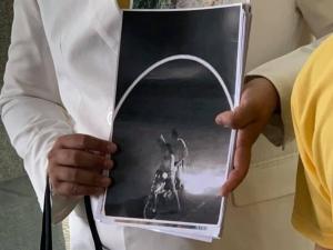 พ่อ แม่ ร้องกองปราบ สางคดีบุตรชายวัย 14 เสียชีวิต เชื่อถูกฆาตกรรม ไม่ใช่เกิดจากอุบัติเหตุตามที่ ตร.ท้องที่สรุป