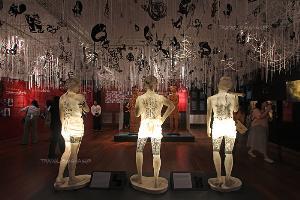 หลากเรื่องราวเกี่ยวกับการสักของคนไทย-ไต้หวัน ในงานนิทรรศการสักสี สักศรีฯ