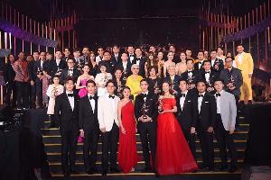 """""""แท่ง-เบลล่า"""" คว้านักแสดงนำ นาฎราช ครั้งที่ 10 เลือดข้นคนจาง กวาดรางวัลเพียบ"""