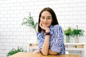 Glazziq ร้านแว่นออนไลน์ วัดสายตาได้ทั่วไทย  ส่งลองที่บ้าน คืนผ่านเซเว่นฯ