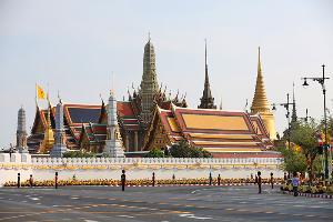 วัดพระศรีรัตนศาสดาราม หรือวัดพระแก้ว วัดคู่บ้านคู่เมืองของไทย