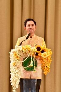 """""""อิทธิพล"""" มอบรางวัลให้บุคคล องค์กรต้นแบบด้านภาษาไทย"""