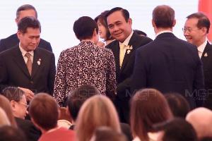"""""""ประยุทธ์"""" เปิดประชุมรัฐมนตรีต่างประเทศอาเซียน ย้ำทุกประเทศต้องนำพาความร่วมมือด้วยสันติภาพ"""