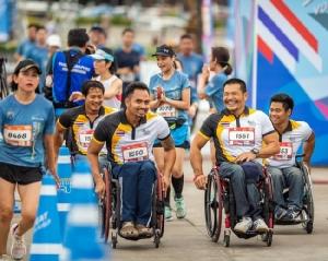 """ปิดฉาก """"สิงห์ ซีรี่ส์ รัน 2019"""" นักวิ่งแห่ส่งแรงใจหนุน """"พาราไทย"""" สู้ศึกที่โตเกียว"""