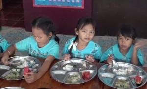 เด้ง! ผอ.โรงเรียนในปราจีนฯ รีไซเคิลพะโล้บูด เจ้าตัวโวยโดนกลั่นแกล้ง ขณะแม่ครัวยันโดนสั่งให้ทำ