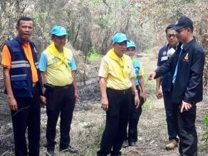ผู้ว่าฯ สงขลา เฝ้าระวังติดตามสถานการณ์ไฟไหม้ป่าพรุเสม็ดทุ่งบางนกออกใกล้ชิด