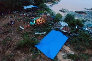 พม่าฝนตกหนักทำดินถล่มทับคนดับอย่างน้อย 13 เจ็บอีกกว่า 20
