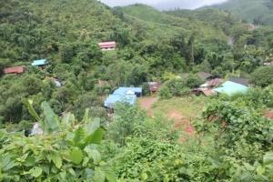 หมู่บ้านห้วยขาบในหุบเขา