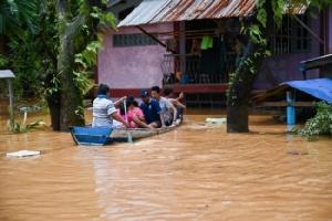 พม่าระดมทหารช่วยเหยื่อน้ำท่วม ส่วนยอดดับดินถล่มขยับเพิ่มเป็น 51 คน
