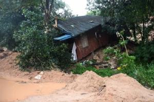 กู้ภัยพม่ายังพบศพเหยื่อดินถล่มต่อเนื่อง ยอดดับเพิ่มเป็น 56 ราย