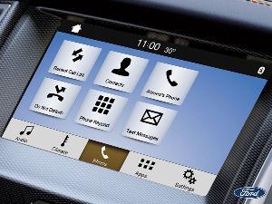การเชื่อมต่อระบบสื่อสารในรถ..ดีอย่างไร?