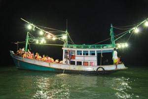 ได้เวลา!! กินหอย ดูนก ตกหมึก เทศกาลท่องเที่ยวยิ่งใหญ่ที่สุดของเมืองชะอำ