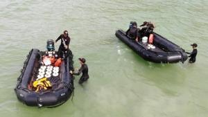 กองทัพเรือ ร่วมศาลเยาวชนฯ จัดกิจกรรมอนุรักษ์ธรรมชาติอ่าวเตยงาม
