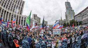<i>ฝ่ายค้านรัสเซียชุมนุมประท้วงที่กรุงมอสโกตอนต้นเดือนสิงหาคมที่ผ่านมา </i>