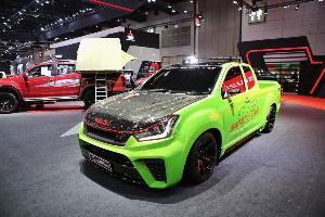 """อีซูซุ จัดทัพใหญ่ """"บลูเพาเวอร์"""" โชว์นวัตกรรมสุดล้ำ ใน Big Motor Sale"""