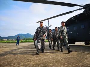 กองทัพจีนส่งแพทย์ช่วยเหลือโศกนาฎกรรมรถบัสตกเหวที่หลวงพระบาง สปป.ลาว