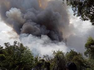 เกิดไฟป่าขึ้น 3 หมู่บ้านใน อ.สิงหนคร จ.สงขลา โชคดีฝนตกช่วยบรรเทาสถานการณ์