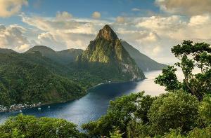 7 จุดหมายสุดตื่นตา จุดบรรจบภูเขาและทะเล