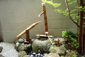 """ชมสวนญี่ปุ่น รู้จัก """"ชิชิ โอโดชิ"""" เสนาะโสต สงบใจ"""