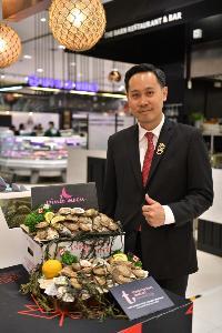 คุณชัยรัตน์ เพชรดากูล นำเสนอ หอยนางรมราสเบอร์รี่พอยท์และหอยนางรมพิงค์มูน เป็นครั้งแรกในประเทศไทย