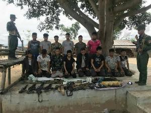 กองกำลังทหารว้ารวบกลุ่มยิงถล่มปมยาบ้าฝั่งไทยตามหมายจับ สภ.แม่ฟ้าหลวง ได้ยกแก๊ง