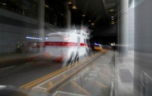 รถปืนฉีดน้ำแรงดันสูงของตำรวจที่สนามบินนานาชาติฮ่องกง ภาพ 7 ก.ย. (ภาพ รอยเตอร์ส)