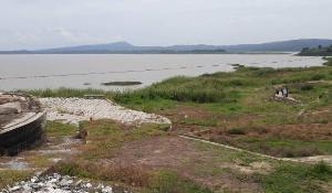 สตง.-กรมชลฯ ปักหมุดเช็กหาดทรายเทียมเขื่อนแควน้อยฯ หลังพบพิรุธละเลงงบ