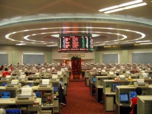ดีลช็อคโลก!!ตลาดหุ้นฮ่องกง ทุ่มเงิน 1.2 ล้านล้านบาท ยื่นข้อเสนอซื้อกิจการตลาดหุ้นลอนดอน