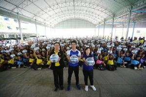 """""""คิง เพาเวอร์"""" ชวน """"กัน นภัทร"""" ร่วมส่งท้ายโครงการ ล้านลูกล้านพลัง สร้างฝันเด็กไทย ปี 62"""