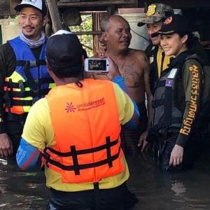 """ทุ่มสุดตัว นางเอกลุยน้ำไม่ห่วงสวย!! """"ทับทิม"""" เล่าประสบการณ์ #SaveUbon"""