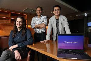 จากซ้าย แมทธิว เฮนนิก, พาเรช ราชวัต และ แจ็ค คุณธรรมสาธิต ทีมผู้บริหาร Facebook Watch