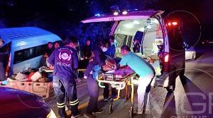 ระทึก! รถตู้คณะครูน่านมุ่งหน้าขึ้นเชียงใหม่ เสียหลักตกข้างทางลำปางเจ็บ 11 ราย