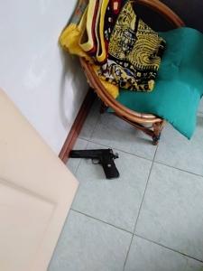 จบชีวิต นศ.ปี 4 ม.ดัง ยืมเงินป้า 1 แสนบาทซื้อหวย หาใช้คืนไม่ได้ยิงตัวตายคาบ้าน