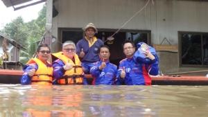 ทิพยประกันภัยลงพื้นที่อุบลฯ ช่วยผู้ประสบภัยน้ำท่วมต่อเนื่อง