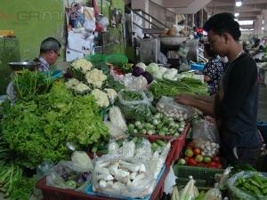 ราคาผักตลาดสดเมืองเบตงเริ่มขยับขึ้นรับช่วงเทศกาลกินเจ