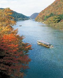 แม่น้ำโมกามิ จังหวัดยามากาตะ