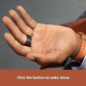กดที่ปุ่มบนแหวนเพื่อเปิด Alexa