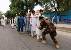 InPics&Clip: กกต.อัฟกานิสถานชี้มีคนมาใช้สิทธิ์ต่ำ ท่ามกลางกล่าวหาโกงเลือกตั้ง-ระเบิดมีบาดเจ็บ