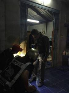 มือปืนควงลูกซองส่องยิงผู้ใหญ่บ้านคนไพศาลีดับคาที่ที่ทำการฯ