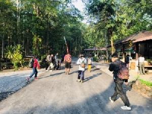 หนุ่มพัทลุงพิชิตยอดภูกระดึงคนแรก ประเดิมวันเปิดป่าปี 62