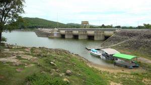 สถานการณ์น้ำในเขื่อนอุบลรัตน์มีน้ำใช้การได้ต่ำสุดตั้งแต่สร้างเขื่อนมา